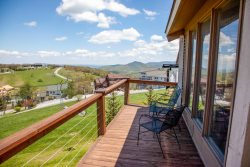 3BR Right on the Slopes of Beech Mountain, Huge Long Range Views, Lots of Decks and Windows to See the Slopes