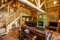 3BR Cabin, Arcade, Grill, Incredible Views, Hot Tub, Privacy, Close to Boone