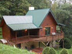 Sleeps 6, Walk to Watauga River, Hot Tub, Privacy, Mast General Store, Hiking, Biking