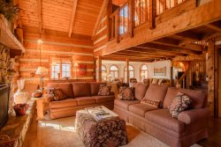 5BR Mountain Lodge, 3 Living Areas, Kitchen, Wet Bar, Hot Tub, Pool Table, 2 Gas Fireplaces, Flat Screen TVs, Electric Keyboard, Mill Ridge Club Privileges