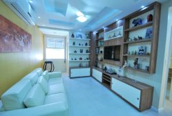 Completly Remodeled 2 bedrooms 2 bathroom apt located between Copacabana and Ipanema beaches.