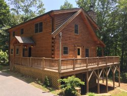 The Scratching Post - Upscale 3 Bedroom Cabin Near Fontana Lake with Dry Sauna