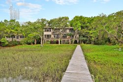 Amazing home on Kiawah Marsh