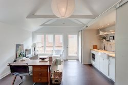 Belmont Ave Guest House :: Charming studio apartment located adjacent to a Belmont Ave home