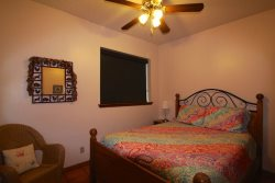 Downstairs Bedroom With Queen - Home Rental On Lake LBJ