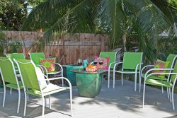 PANIAU SURF BEACH COTTAGE 3 Bedroom in Puako right across from the ocean!