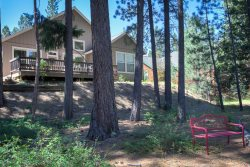 #406 SEQUOIA Light and bright overlooking the creek. $215.00-$245.00 BASED ON DATES AND NUMBER OF NIGHTS (plus county tax, SDI, cleaning and processing fee)