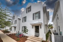 `Coastal Pearl` Beautiful Rosemary Beach Vacation Rental House with PRIVATE POOL + FREE BIKES