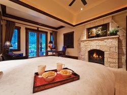 Romantic Master King Suite with Private Patio