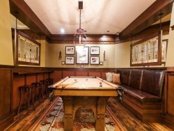 Arrowleaf Game Room with Billiards Table