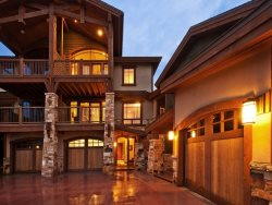 Fairway Villa 2 Slopeside at Canyons Resort with Access to The Miners Club
