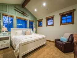 Luxury Guest Suite with Private Deck