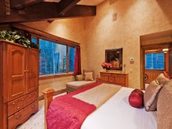 Master King Suite