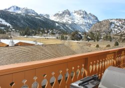 A fabulous Interlaken condo located on the shores of Gull Lake in the heart of the Sierra Nevada Mountains.