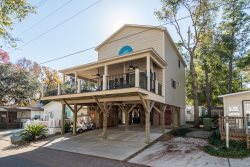 Because of the many custom features, and pets are welcome, this  vacation home is one of our favorites at Ocean Lakes.