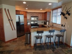 Redstone Condo - 2 Bed, Sleeps 6, Great Value