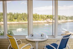 LONGVIEW ON PIG COVE | SOUTHPORT, MAINE | PET FRIENDLY | PRIVATE | DEEPWATER DOCK AND FLOAT | SPECTACULAR OCEAN VIEWS | COTTAGE CONNECTION OF MAINE |