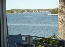 PIFFI BIFF| SOUTHPORT ISLAND | NEAR CAPE NEWAGEN | BOOTHBAY PENINSULA| GREAT VIEWS |  SLEEPS 10| PET-FRIENDLY