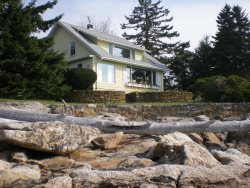 BEACHCROFT COTTAGE | OPEN OCEAN | BEACH | KAYAK | SOUTHPORT ISLAND|PET-FRIENDLY
