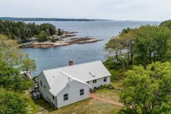 MERWICK COTTAGE | FIVE ISLANDS | GEORGETOWN, MAINE | WATER-FRONT| OCEAN VIEWS & ACCESS | PRIVATE DOCK & FLOAT
