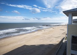 Penthouse Paradise 407 B *Direct Oceanfront Condo! Sweeping beach and ocean views!*