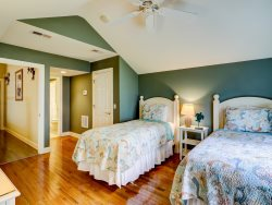 1 Gadwall - Upstairs Twin Bedroom