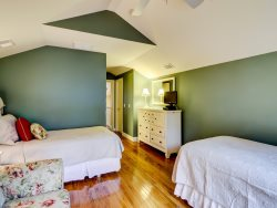 1 Gadwall - Twin Bedroom Upstairs