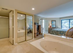 Master Bathroom at 2112 Villamare