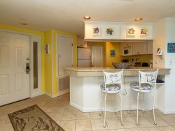 Kitchen with Breakfast Bar at 412 Barrington Court