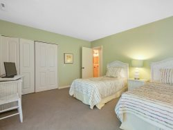 7 Laughing Gull - Twin Bedroom-1st Floor
