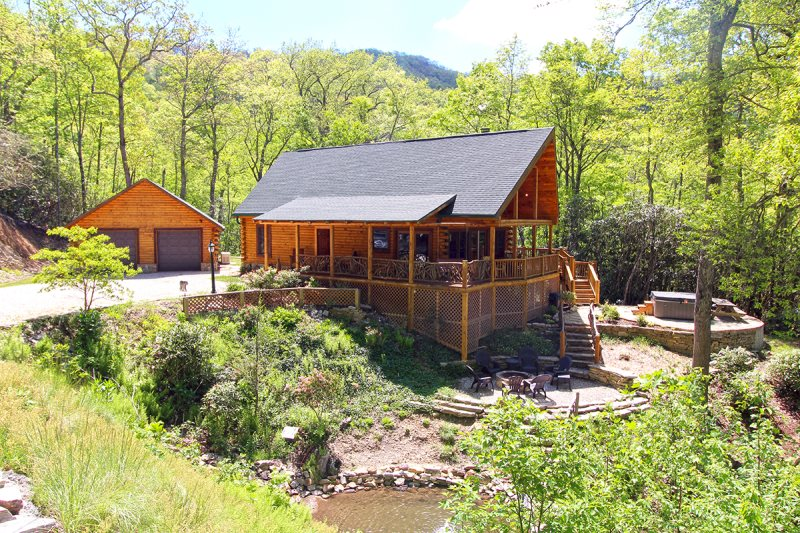 Secluded log cabin with mountain view and game room near for Smoky mountain cabins with fishing ponds