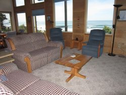 Ridgetop - Living room with view, photo 2