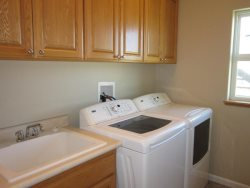 Crows Nest - 2nd Level - Laundry Room