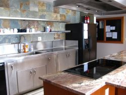 Pacific Villa - Street Level - Kitchen, stainless steel sink