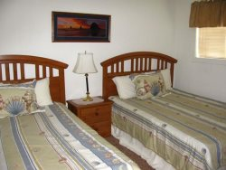 Pacific Villa - Street Level - Bedroom with 2 Queen beds and TV