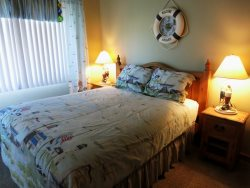 Starry Night - upper level, bedroom suite 3, bedroom with Queen bed