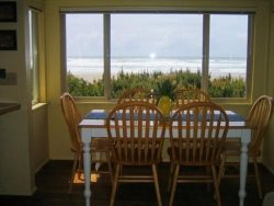 Driftwood House - Dining Table and View
