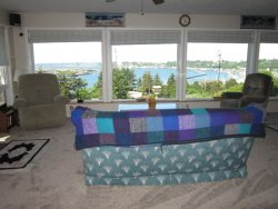 Newport Getaway - Family Room -View of Bay and Docks
