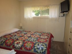 Newport Getaway - Bedroom 2 - Full Bed