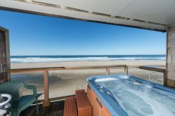 Oceanside Escape - Beachside Retreats