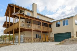 The Pecos Lodge - sleeps 18, close to Nat`l Parks