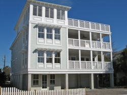 #6 11th Street - You`ll Love Your `Tybee Time` at this Gem of a House - FREE Wi-Fi