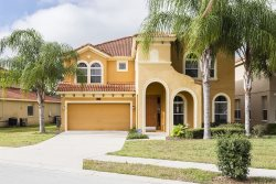 Watersong Saltwater Pool Villa minutes away from WDW in gated secure resort community.