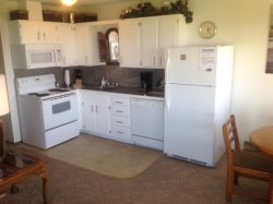 Fully Equipped Kitchen with Microwave and Dishwasher
