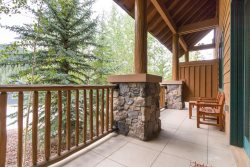 Located in the heart of River Run Village, Arapahoe Lodge Keystone, Colorado