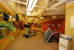 Spacious and well equipped fitness room in Silvermill Lodge