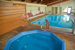 Relaxing hot tub and pool at Ski Run Lodge