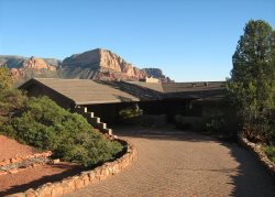 Well cared for comfortable luxury home with spectacular Red Rock Views!