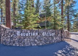 1168H-Affordable condo with hot tub and summer pool, great in town location, close to everything.