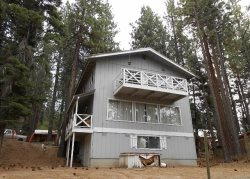 Large two story mountain home in the trees, close to Heavely Ski area